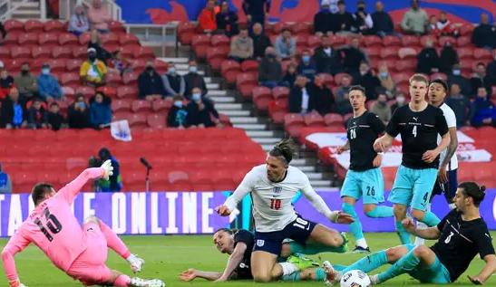 Trent Alexander-Arnold Diragukan Tampil Di Euro 2020 Setelah Tertatih-Tatih Melawan Austria